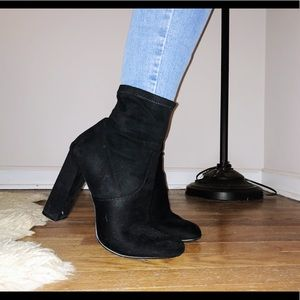 Madden sock booties, black, faux suede